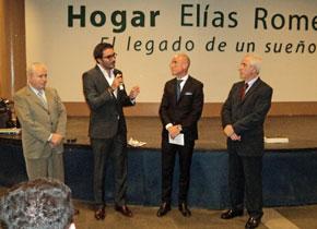 Benito López Carballedo, Leandro Pavón, Santiago Camba y Miras Portugal en el Hogar Elías Romero.