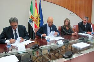 Firma del acuerdo de colaboración.