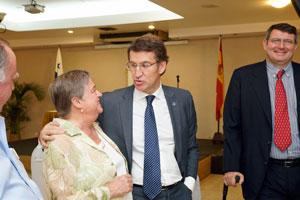Núñez Feijóo mantuvo un encuentro con la colectividad gallega en la Sociedad Española de Beneficencia.