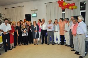Directivos y miembros de la Comision de Apoyo del Hogar Español en la celebración del 50 aniversario.