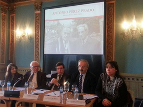Presidencia del acto celebrado en la Fundación Penzol.