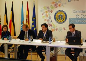 El secretario xeral da Emigración, Antonio Rodríguez Miranda, tercero por la izquierda, en la reunión de la Comisión Delegada del pasado mes de noviembre.