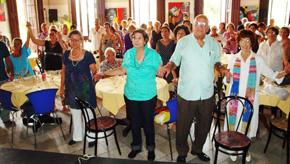 Durante el acto se cantó el himno de Asturias.