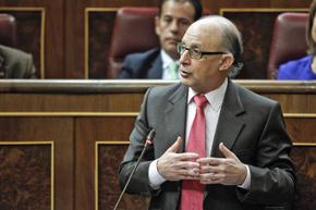 Intervención del ministro de Hacienda, Cristóbal Montoro, en el Congreso de los Diputados.