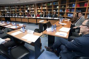 El director del Igape, Javier Aguilera (2º por la derecha), clausuró el encuentro empresarial en Santiago.