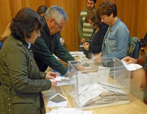Escrutinio del voto CERA en la Junta Electoral de A Coruña.