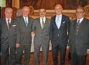 López Carballedo, Alcetegaray, Alonso, Camba y Bello en el acto celebrado en el Club Español de Buenos Aires.