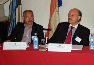 Nicolás Miño, del Centro Gallego de Londres, y Alvaro Moreira, de Xuventude de Galiza-Centro Galego de Lisboa.