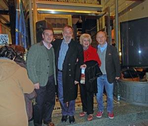 Autoridades de la FIEU junto al embajador de España.
