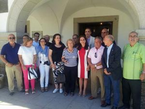 La consejera de Empleo, Mujer y Políticas Sociales, María Ángeles Muñoz (centro), con los miembros del Consejo.