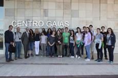 El conselleiro Xesús Vázquez, tercero por la izquierda, con los alumnos de las ALCE en Alemania.