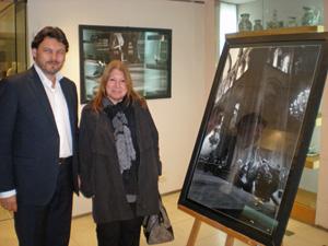 Miranda recorrió la muestra junto a la representante de la junta comunal 14 del Gobierno porteño María Amelia Alonso.