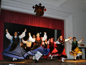 Una de las actuaciones que emocionó al público asistente al espectáculo celebrado en Casa de Galicia.