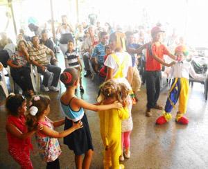 Un momento de la actividad Infantil del Centro Unión Orensana de La Habana.