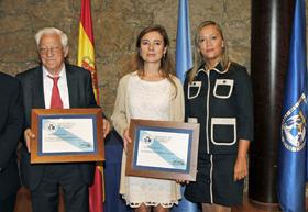 El Padre Ángel, la secretaria de Estado Fernández Curras y la conselleira Elena Muñoz.