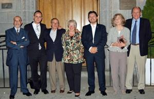 Miranda, tercero por la derecha, con la directiva de Casa de Galicia de Nueva York.