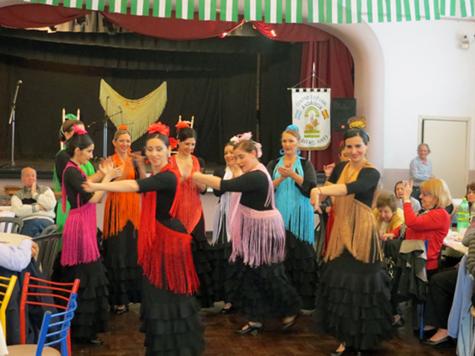Uno de los bailes que se interpretaron en el espectáculo artístico.