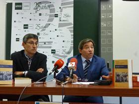 Arsenio Dacosta y Juan Andrés Blanco presentaron el libro.