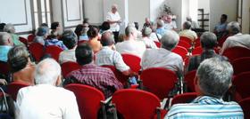 Foto de archivo de una reunión de la junta directiva.