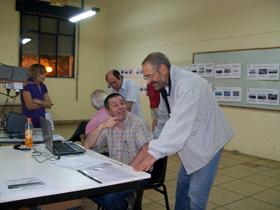 Mario Álvarez asesoró sobre cómo obtener información.
