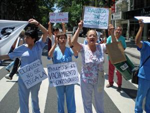 Imagen de archivo de una manifestación de trabajadores del hospital del Centro Gallego de Buenos Aires.