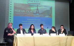 Mesa redonda en la que se trató sobre el papel de la sociedad civil ante la nueva emigración.