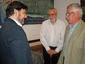 Miranda charló animadamente con los dirigentes de las entidades gallegas de Buenos Aires.