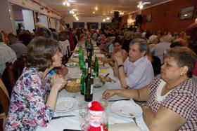 Cerca de 420 personas asistieron a la fiesta familiar de fin de año.