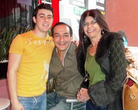 Algunos de los asistentes a la celebración del sexto aniversario de la Casa de Madrid en México.