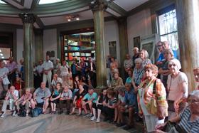 La colectividad gallega de Buenos Aires recordó con emoción a Castelao al cumplirse un nuevo aniversario de su fallecimiento.