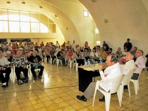 La reunión se celebró en el Centro Comunitario 'Abraham Lincoln' de la ciudad de Matanzas.