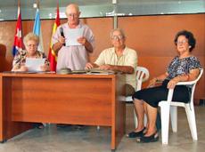Gódula Rodríguez, vicepresidenta; Servando Oubel, presidente; Raimundo Mollinedo, secretario, y Dolores Torres, tesorera.