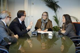 Miguel Rey Lama, el director de la Atriga, Ulpiano Villanueva, Elena Muñoz y la delegada de la Xunta en Vigo, María Xosé Bravo.