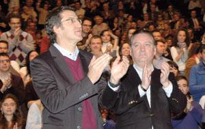 Feijóo y Prada en el cierre de la primera Cumbre del PP Exterior en León.