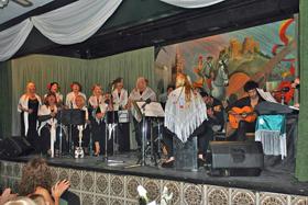 Actuación del coro del Centro Andaluz de Mar del Plata.
