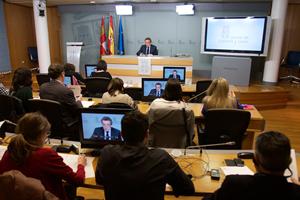 El consejero de la Presidencia, José Antonio de Santiago-Juárez, explicó los acuerdos del Consejo de Gobierno.