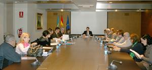 Reunión constitutiva de la Comisión de la Nueva Emigración del Principado de Asturias.