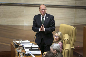 El presidente de Extremadura, José Antonio Monago, en una de sus intervenciones en el Debate sobre el Cumplimiento del Programa.