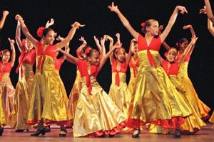 Actuación de 'Vivero y su Comarca'.