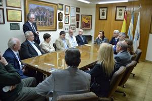 Encuentro con los miembros de la Unión de Sociedades Gallegas.