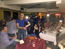 Gran fiesta en el Centro Gallego de Londres.