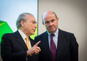 El vicepresidente de la República de Brasil, Michel Temer, y el ministro de Economía y Competitividad de España, Luis de Guindos.