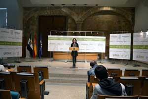 La consejera de Empleo, Mujer y Políticas Sociales, Mª Angeles Muñoz, valoró los datos.