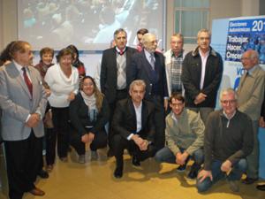 Dirigentes y afiliados al PP en Argentina en el acto celebrado en la sede partidaria.
