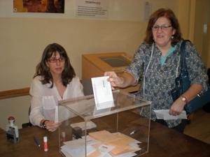 Quienes acudieron a depositar el voto manifestaron su satisfacción por poder hacerlo.
