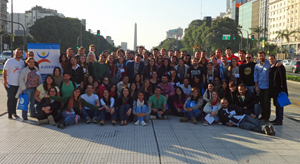 Foto de familia de los participantes en el Congreso.