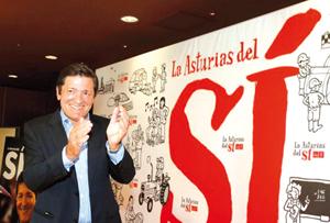Javier Fernández (PSOE) presidirá el Principado si logra el respaldo de Podemos.