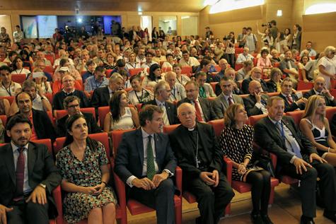 Autoridades presentes en la inauguración del Encuentro.