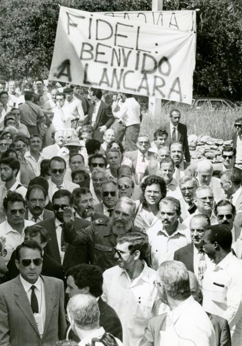 Imagen de la visita de Fidel Castro a Láncara (Lugo), regalo de Alvelo a Prieto.