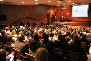 La Biblioteca Nacional de Argentina acogió la presentación de la edición de 2016 de la Feria Internacional del Libro (FIL) de Buenos Aires.